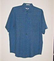 Geoffrey Beene Men's Man Short-Sleeved Blue Button Down Shirt Size M
