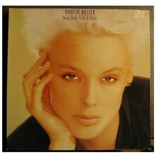 "Brigitte Nielsen ""Every Body Tells a Story"" - LP-phasedepleinecapacitéopérationnelle"