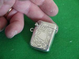 EXCELLENT ORNATE ANTIQUE STERLING SILVER HM 1904 J GLOSTER VESTA CASE MATCH SAFE