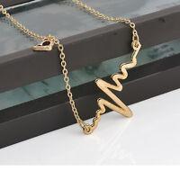 Femmes élégantes mignon coeur pendentif collier en acier inoxydable avec chaîne