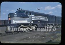 ORIGINAL SLIDE NYC 5002 NEW YORK CENTRAL KODACHROME 1949 FREIGHT BEACON PARK