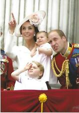 BRITISH ROYAL FAMILY DUKE & DUCHESS OF CAMBRIDGE WITH THEIR FAMILY - POSTCARD
