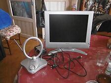 Television couleur Grandin 15'' LCD avec Adaptateur Numérique Terrestre Metronic