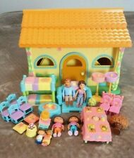 Dora the Explorer Pop Up Talking Dollhouse Playset With Dora And Accessories LOT