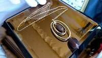 NECKLACE GOLD 9CT CHAIN /PENDANT VERY ATTRACTIVE - OUTSTANDING