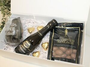 GIFTS FOR HER/GIFTS FOR HIM/ ANNIVERSARY HAMPERS/BIRTHDAY/GIFTS/VALENTINE