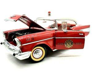 Miniature voiture Américaines Chevrolet Bel Air Chief Feu auto 1:18 diecast