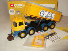 Voitures, camions et fourgons miniatures Corgi 1:50