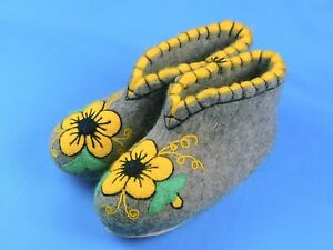 100% Wool Felt Handmade Embroidered Winter Slippers Boots House Shoes Valenki