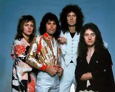 Freddie Mercury, Brian May, Roger Taylor & John Deacon photo - H3175 - Queen