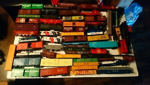 Tyco AHM etc HO Train Lot of 63 Rolling Stock Freight Car Bodies with Frames