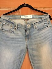 Abercrombie and Fitch Ligt Wash Jeans Size 26