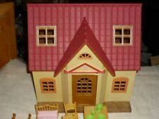 EPOCH CALICO CRITTERS COZY COTTAGE STARTER HOME WITH FIGURES AND FURNITURE
