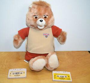 Vintage TEDDY RUXPIN Plush Animatronic Bear 1985 Worlds Of Wonder W/ Cassettes