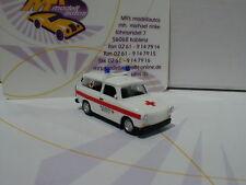 """Herpa 092852 # Trabant 1.1 Universal Baujahr 1990 """" DRK Zwickau """" rot-weiß 1:87"""