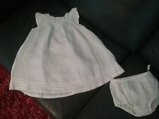 Robe bébé  et sa culotte en lin blanc  taille 18 mois   BOUT'CHOU    Neuf