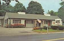 Norwell Massachusetts Capeway Motel Street View Vintage Postcard K52971