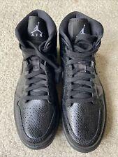 Nike Air Jordan 1 Mid Snakeskin Women's Sz 9 Black Black White BQ6472-010
