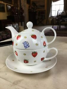 WIMBLEDON THE CHAMPIONSHIPS STRAWBERRY LOGO OFFICIAL teapot & large breakfastcup