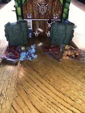 Motu Masters Of The Universe Eternia Minis: He-Man & Skeletor
