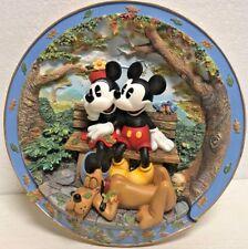 Bradford Exchange Plate Disney FRIENDSHIP MAKES YOU WARM ALL OVER 1999 1ST