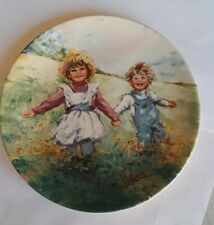 """1982 Wedgwood Collector Plate """"Playtime"""" By Mary Vickers, 8"""" Diameters"""