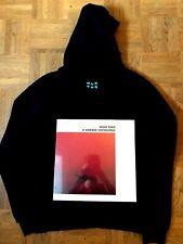"Wun Two Hoody & Vinyl ""o cavalo vermelho"" NEU - Seebrücke Spenden Jean-Marc"