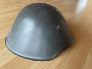 DDR NVA Stahlhelm M56 aus dem Jahr 1964