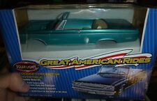 POLAR LIGHTS 1965 DODGE CORONET CONVERTIBLE GREEN 1/25 Model Car Mountain KIT FS