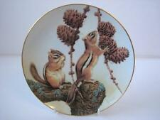 COLLECTORS STUDIO THE FOREST YEAR CHIPMUNKS ENJOY A SEPTEMBER TREAT PLATE