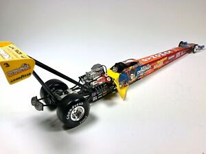 Joe Amato Top Fuel Dragster 1:24 Dynomax Die Cast Racing Car