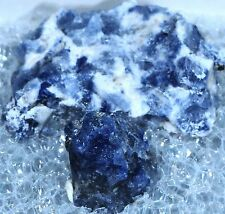 MSH VERY FLUO LW SODALITE HACKMANITE ! MONT ST HILAIRE, QUEBEC, CANADA