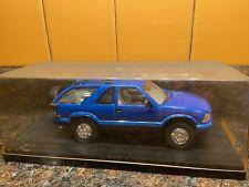 Blue 1997 Chevy Blazer 1:25 Model Kit Adult Pro Built Display Case