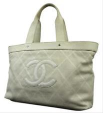 Chanel CC blanquecino Cuero Perforado Bolso en el aire 218856