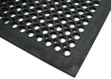 Heavy Duty Horse Stable Gateway Rubber Hollow Safety Mat 1500mm x 900mm