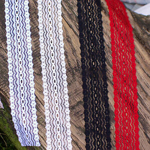 Knitting In Eyelet Lace 5m White/Ivory/Black/Red