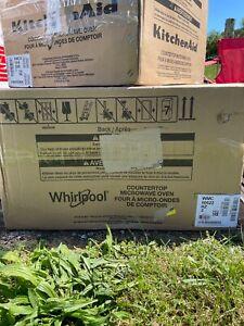 Whirlpool 2.2 Cu-Ft. Countertop Microwave in Fingerprint Resistant Stainless