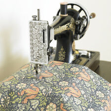 """William Morris Compton Floral 100 Cotton Fabric by Half Metre 60"""" Wide"""
