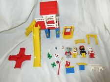 Fabuland vintage lego 3676 cathy cat's fun park , not complete