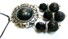 Lucite Round Costume Necklaces & Pendants