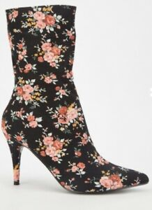 Floral boots size 6