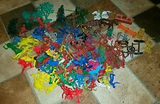 Vintage plastic western army men cowboys & indians scenery horses Marx? LOT 225