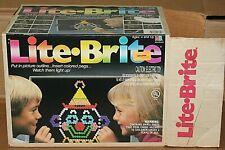 VINTAGE LITE BRITE, 16  Sheets lots of pegs  in Original Box Clean