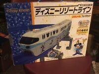 RARE TOKYO DISNEY RESORT MONORAIL 10th ANNIVERSARY PLAYSET