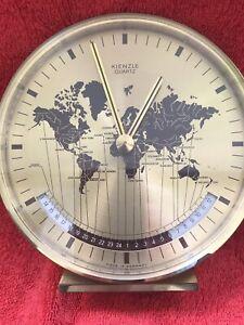 KIENZLE Tischuhr Weltzeituhr Design Schreibtisch Uhr Germany messingfarben 14cm