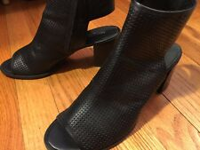 Kenneth Cole Women's 7.5M Black Leather Bootie Sandals Shoes - $190 Retail