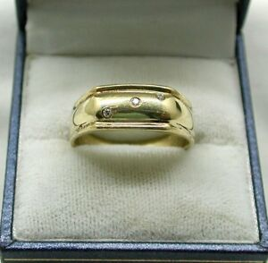 Gents Very Nice 9ct Gold And White Stone Set Ring