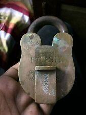 1930'S OLD RARE HONESTY CO. ALIGARH 10 LEVERS HEAVY BRASS PADLOCK