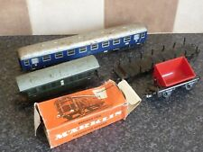 5x VINTAGE MARKLIN HO GUAGE CARRIAGES & WAGONS GOOD/VGC FOR AGE