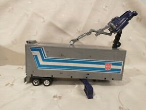 Transformers g1 optimus prime trailer